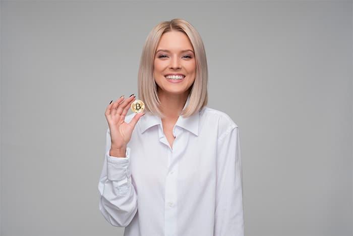aantal_vrouwen_dat_Bitcoin_in_de_gaten_houdt_verdubbeld_sinds_begin_dit_jaar