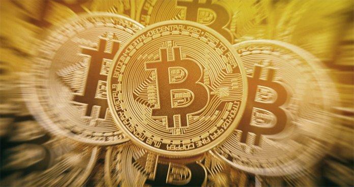 bitcoin_komt_even_boven_de_7700_dollar_uit_andere_munten_blijven_traag