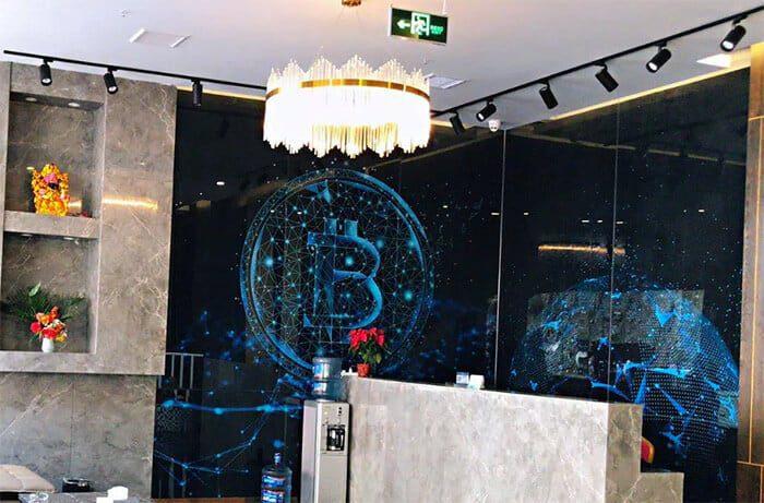 crypto-hotel_in_china_opent_haar_deuren_ondanks_verbod_accepteert_ethereum_en_bitcoin_lobby