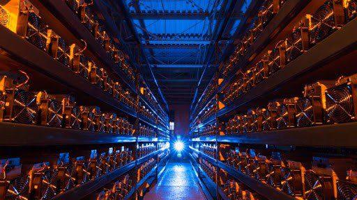 Onderzoek- Bitcoin-mining kost drie maal zoveel als goud ontginning