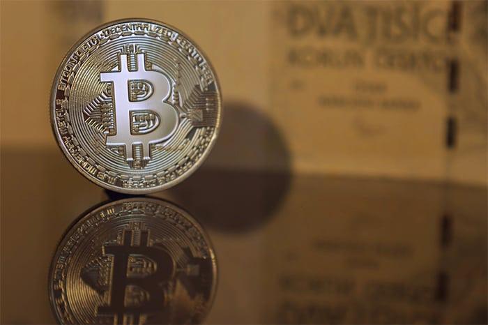 bitcoin_BTC_en_cryptomarkt_naderen_nieuw_jaarlijks_dieptepunt