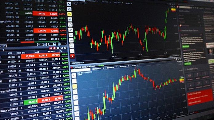 cryptocurrency_markt_kampt_met_neerwaartse_koersen_na_kerstdagen