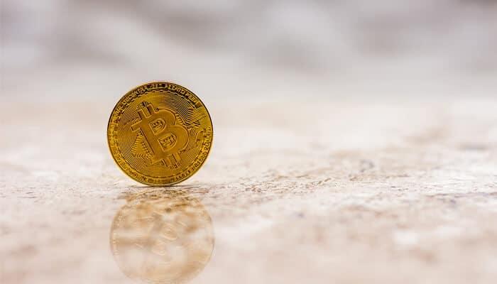 bitcoin_vecht_zich_naar_de_4000_dollar_toe_analisten_verwachten_meer