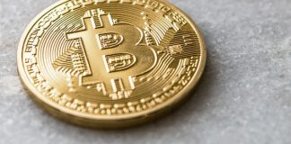 bitcoib_BTC_vormt_parabolische_formatie_mogelijke_correctie_volgt