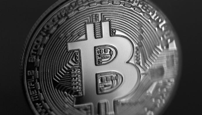 Bitcoin (BTC) boven stijgt boven de $11.000 uit, cryptomarkt ziet stijgende koersen