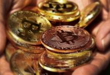 bitcoin_BTC_koers_vestigt_nieuwe_yearly_high_vlakbij_de_13000_dollar_komt_sterke_weerstand_tegen