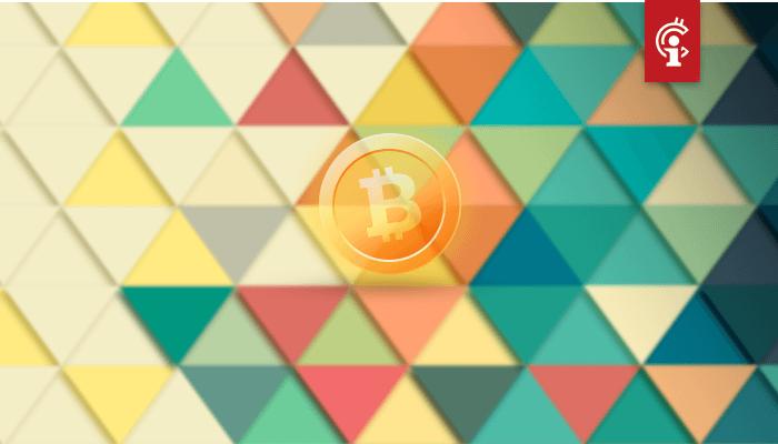 Bitcoin (BTC) prijs vormt symmetrisch driehoek, waar ligt het target bij uitbraak?