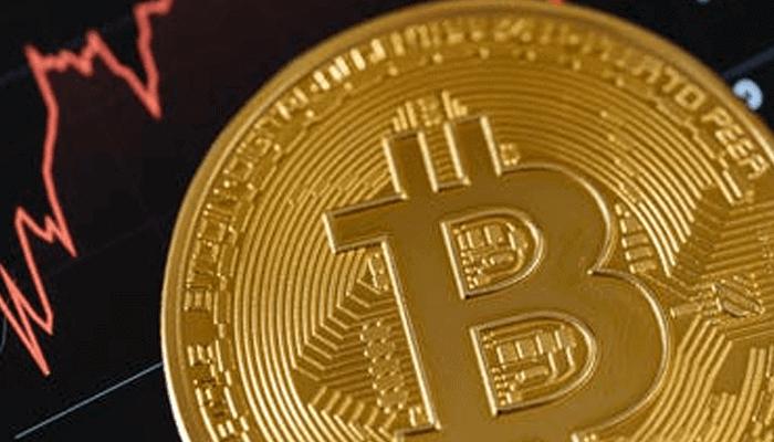 Bitcoin (BTC) zakt weer onder de $18.000, maar eerste bullish tekenen zijn zichtbaar