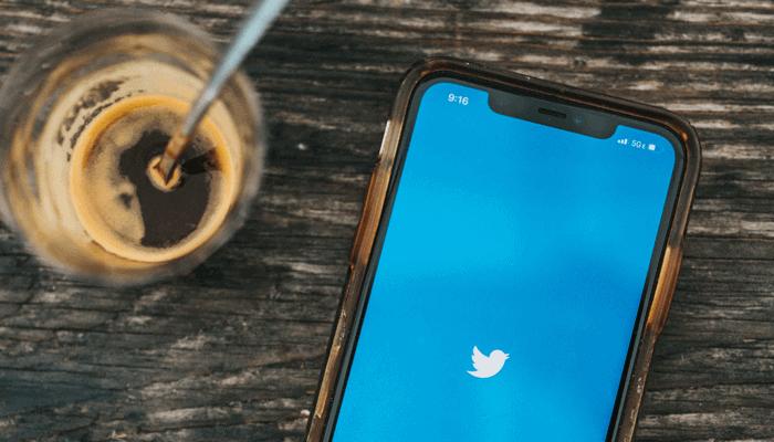 Twitter schorst accounts van prominente bitcoin (BTC) analisten als Willy Woo en PlanB » Crypto Insiders - Crypto Insiders